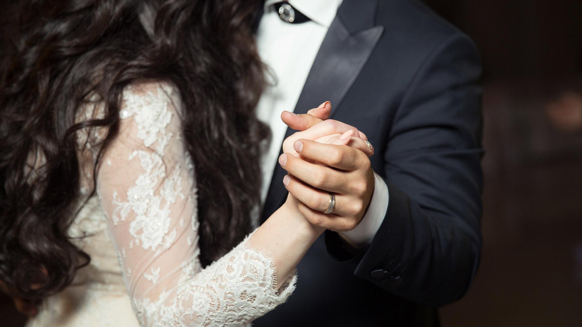 Pulmavalss on eriline iga pruutpaari jaoks